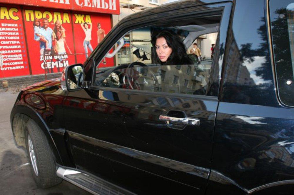 Фото машин участников дома два