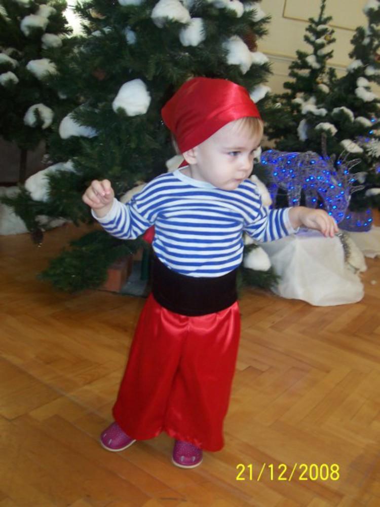 Новогодние костюмы для мальчиков сделать своими руками