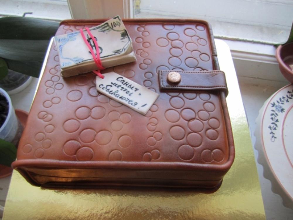 фото тортов из мастики для мужа позднее некоторые