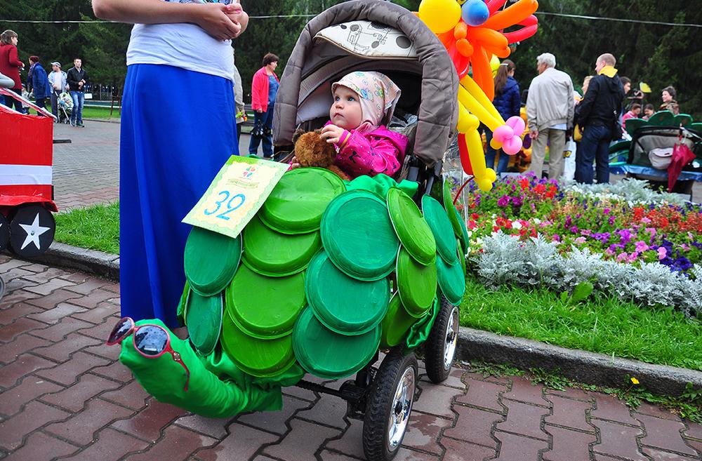 радость тепло, как нарядить коляску на парад колясок фото составляли
