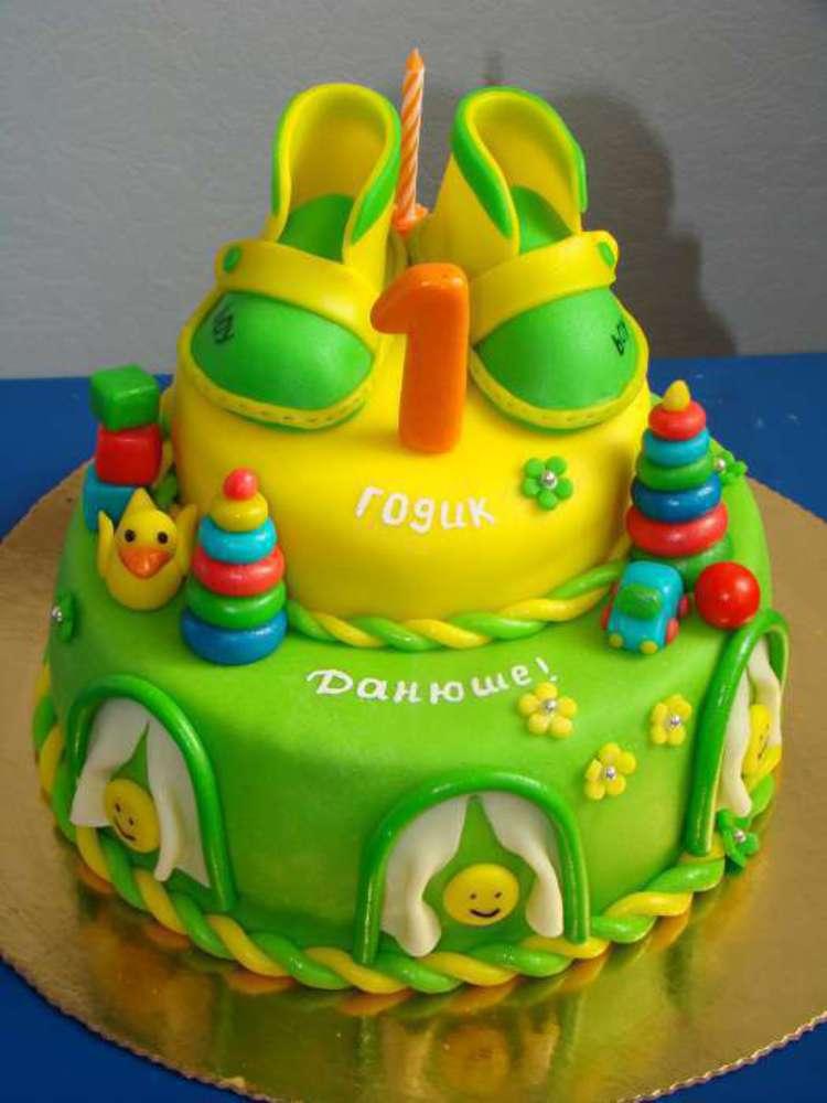 Торт ребенку год картинки
