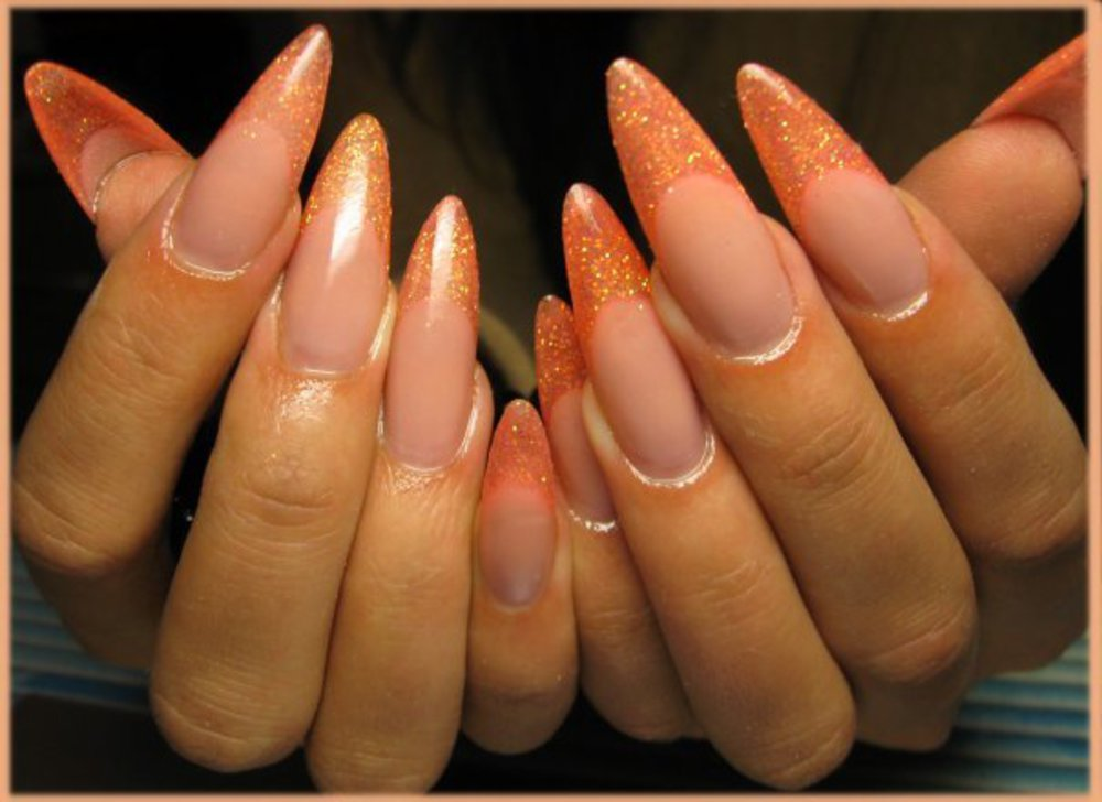 Могу посоветовать мастера по наращиванию ногтей