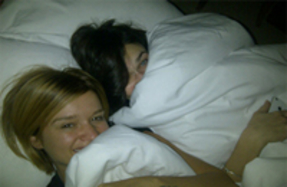 подружки фото 2 спят