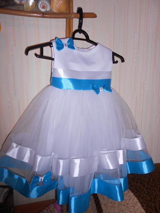 Нарядные платья для девочек 1 год своими руками фото