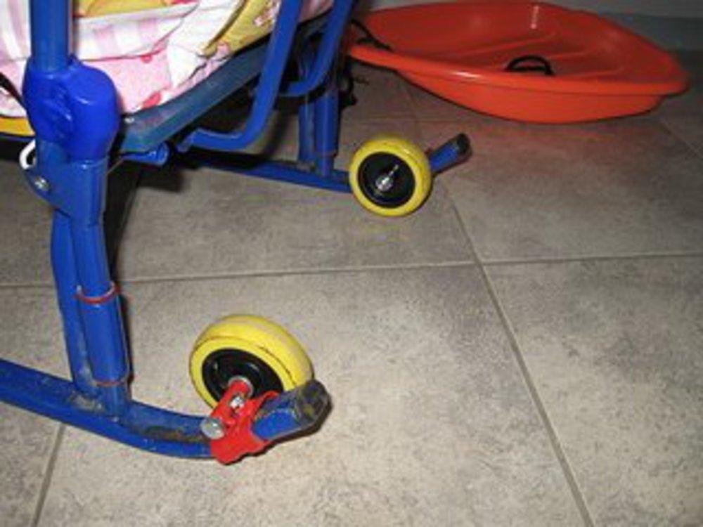 Как сделать колесики на санки 70